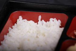 https://norikosushi.hu/media_ws/10000/2024/idx/sushi-rizs.jpg