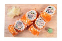 https://norikosushi.hu/media_ws/10000/2071/idx/spicy-salmon-uramaki-1.jpg