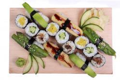 https://norikosushi.hu/media_ws/10000/2085/idx/vegetarianus-set-3-1.jpg