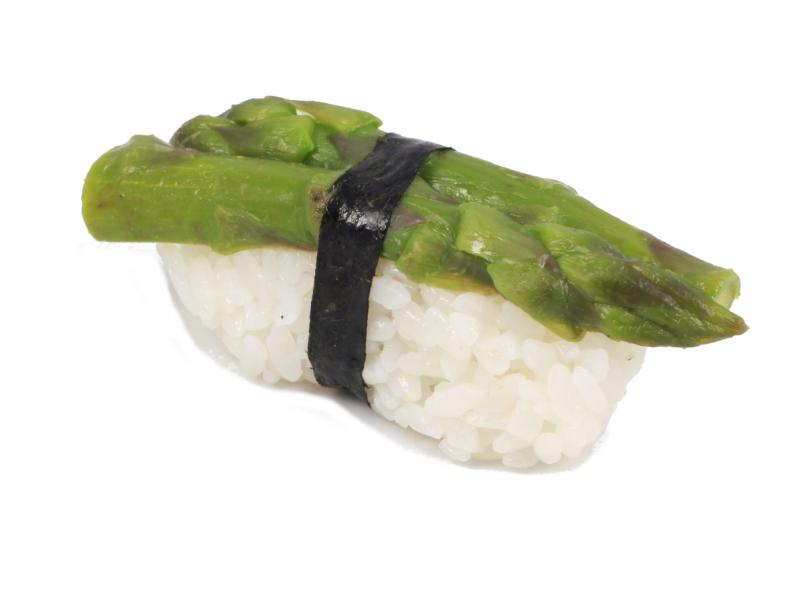 zöldspárga nigiri
